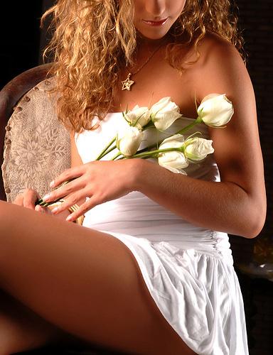 Hot Women Seeking Men Online